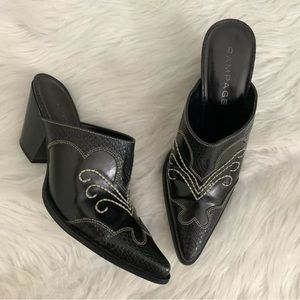 Rampage Rilley Western Embroidered Mule Booties